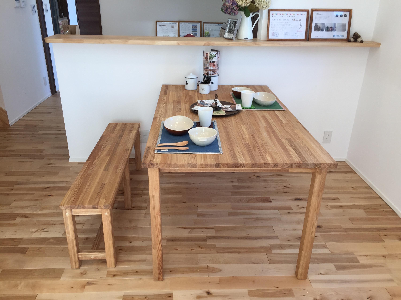 CSホームズ オリジナル手づくりテーブルとベンチ
