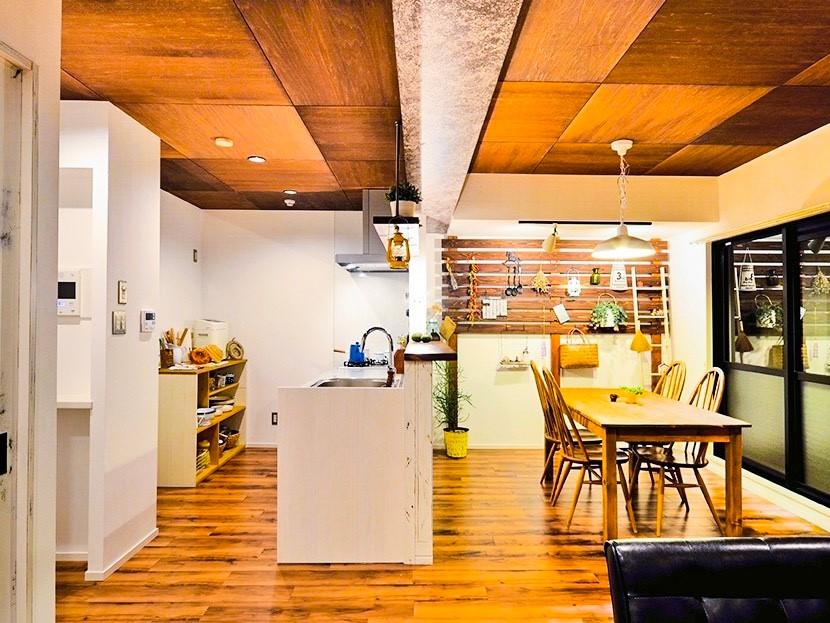 カフェ空間が心地いい暮らしのマンションリノベーション
